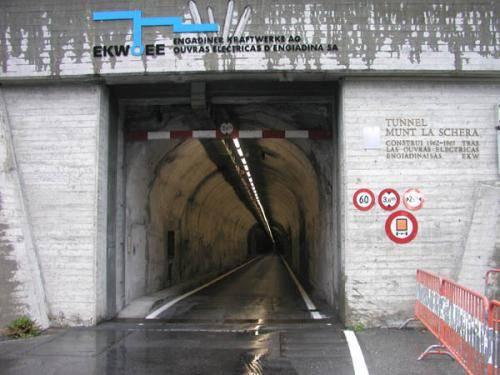 Tunel munt la schera